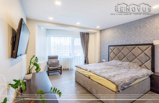 """Išskirtinėje vietoje parduodamas erdvus 3 kambarių butas su vaizdu į centrinį pėsčiųjų taką """"Bulvaras"""""""