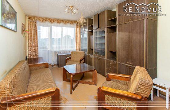 Parduodamas 2 kambarių butas Bazilionuose