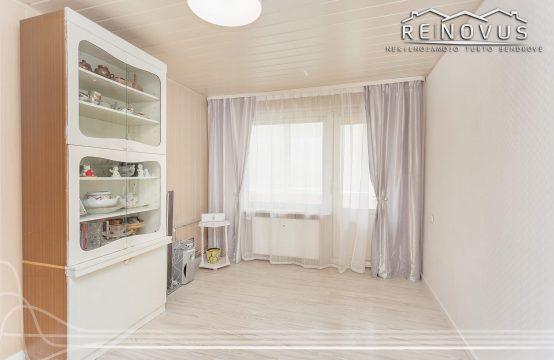 PARDUOTAS 2 kambarių butas su balkonu ir rūsiu J. Vadeikio g. 3, Kelmė.