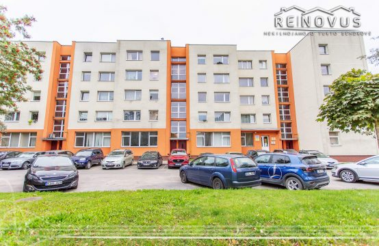 Šiaulių miesto centre parduodamas 4 k. butas