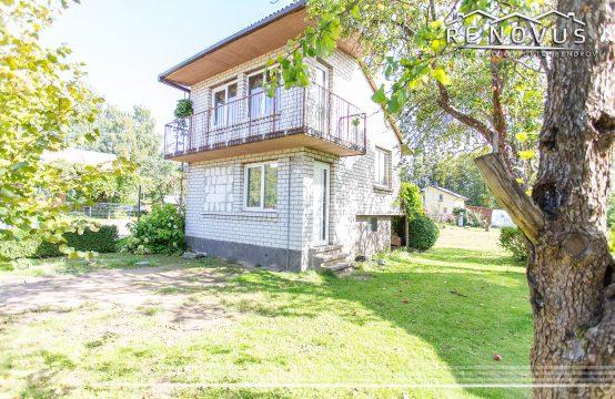 Parduodamas mūrinis sodo namas Šiauliuose