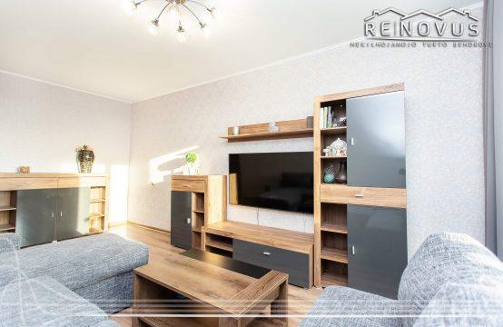 Parduodamas 2 kambarių butas su baldais ir buitine technika